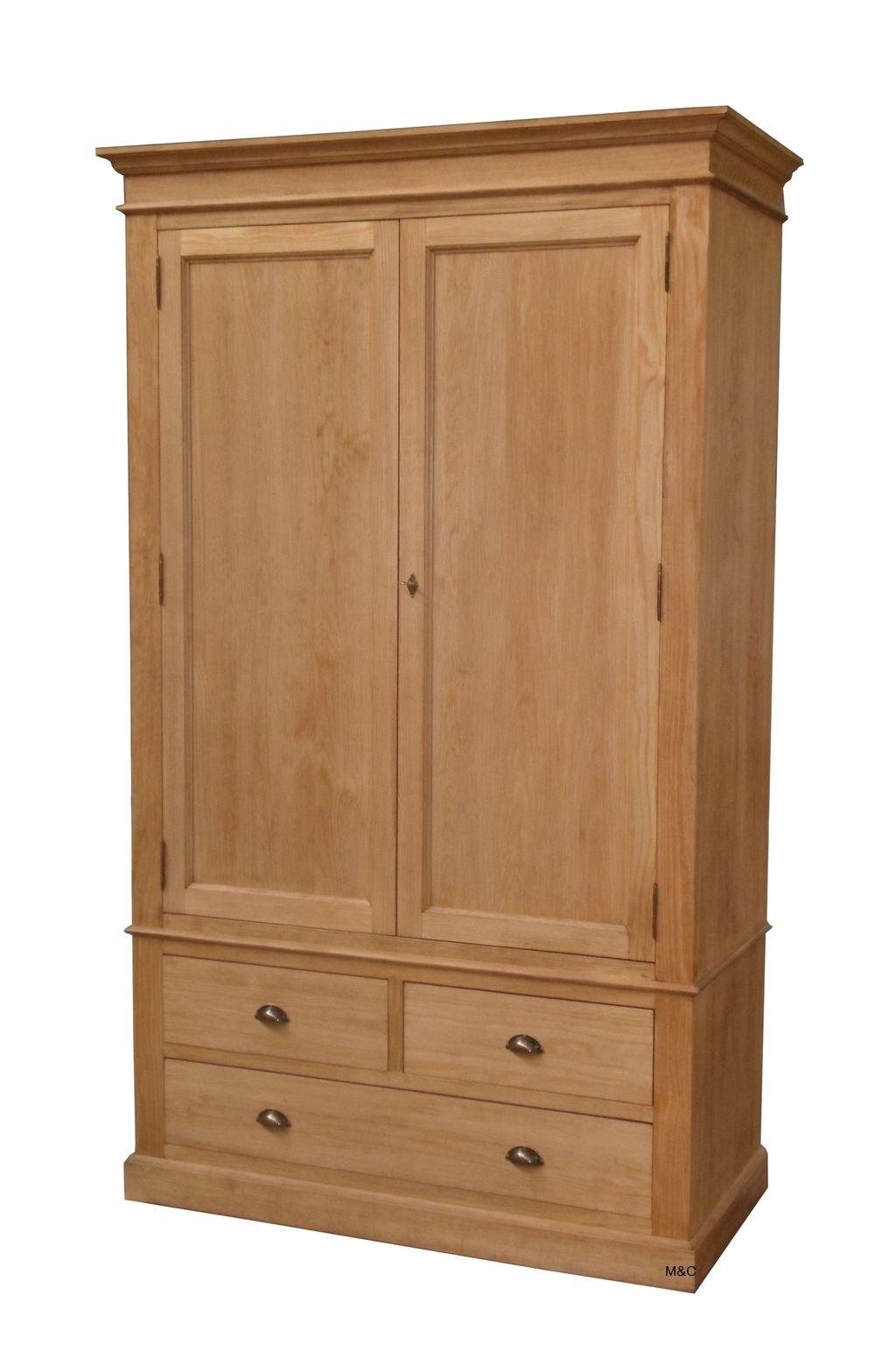 armoire en bois massif
