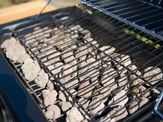 barbecue gaz a pierre de lave