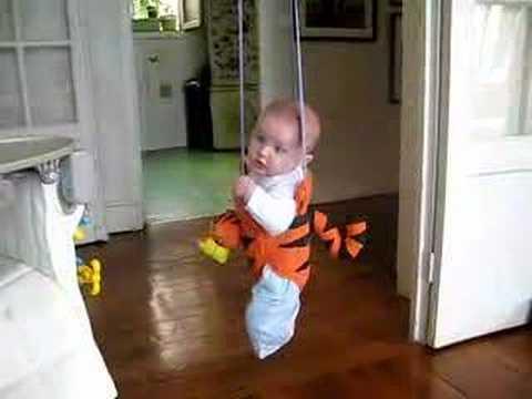 bébé sauteur