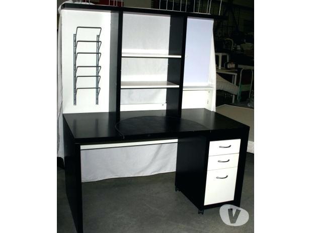 bureau ikea noir et blanc
