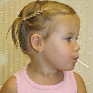 coiffure fille cheveux court