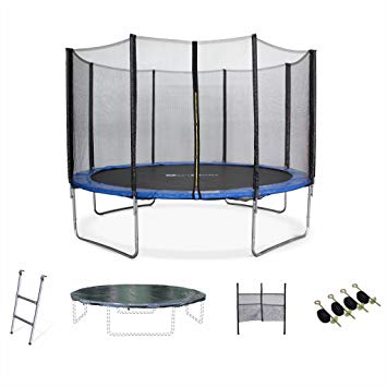 d un trampoline avec filet