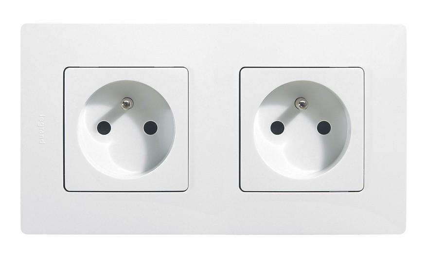 double prise electrique