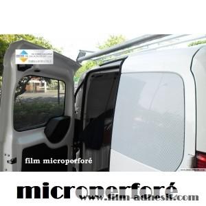 film opaque pour vitre voiture