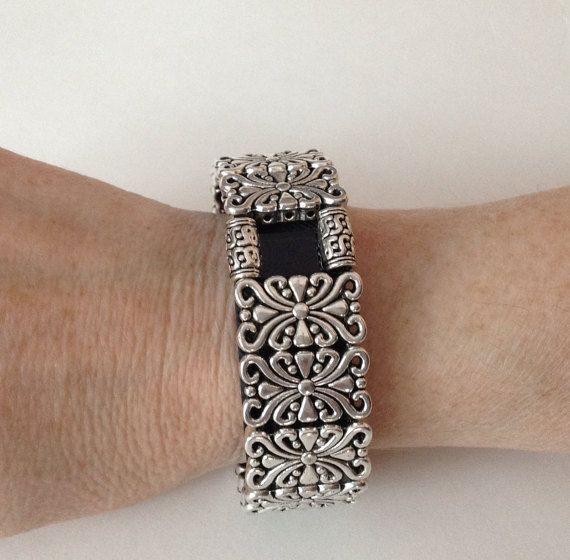 fitbit charge hr bracelet