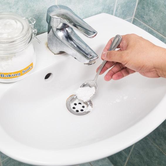 mauvaise odeur dans canalisation salle de bain