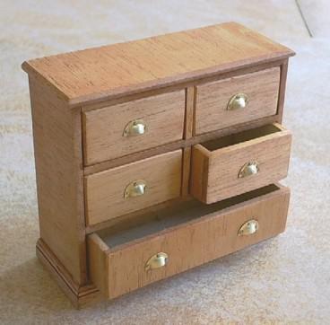 meuble miniature en bois