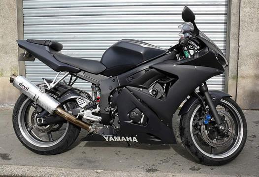moto noir mat